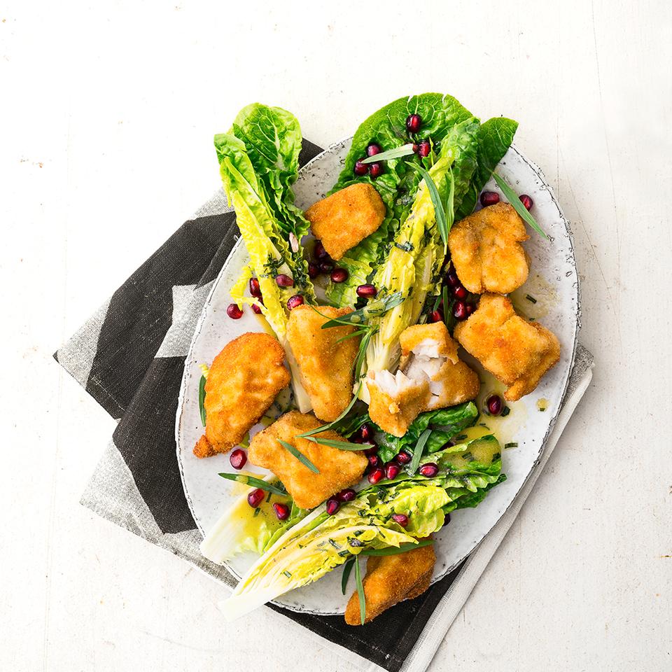 Fisch-Nuggets mit Salat