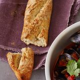 Low-Carb-Baguette mit Anis