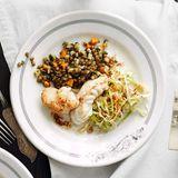 Seeteufel mit Linsen und Schinken-Spitzkohl-Salat