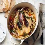 Bresse-Huhn mit Gewürzfüllung und Gemüse
