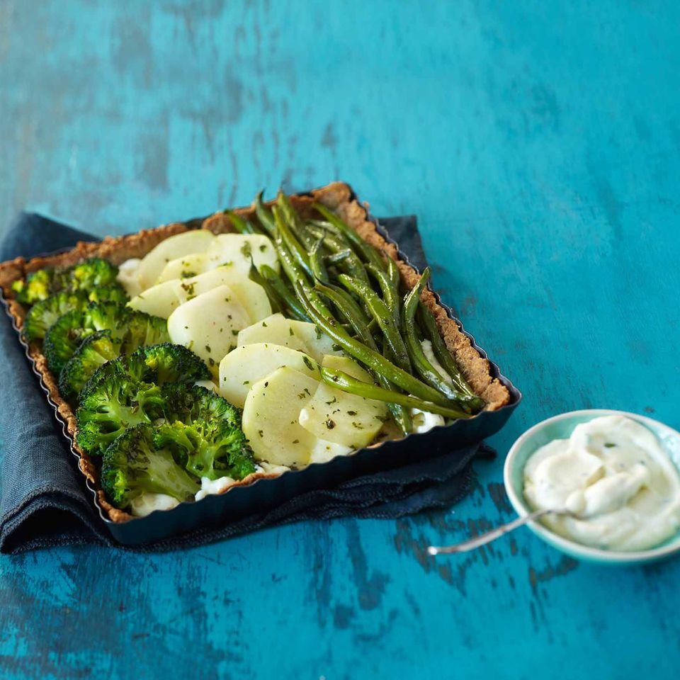 Gemüse-Tarte mit Mandelboden