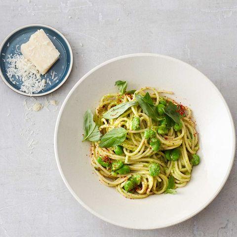 Pasta mit Pistazien-Bohnen-Pesto