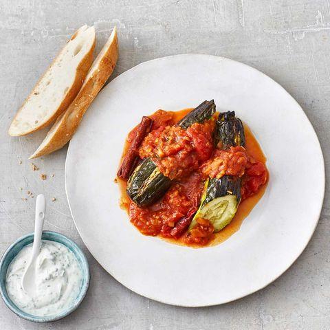 Zucchini in Curry-Tomaten-Sauce