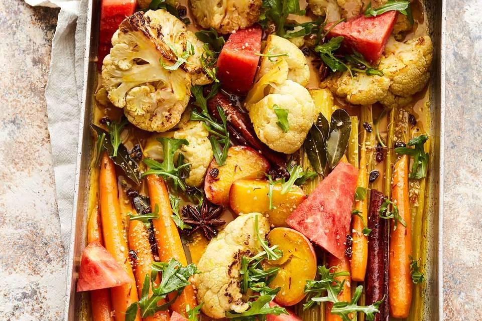 Lauwarmer Safran-Gemüse-Salat mit Nektarinen Rezept