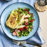 Spitzkohlsteak mit Quinoa-Spinat-Salat
