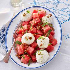 Wassermelonensalat mit Joghurtbällchen