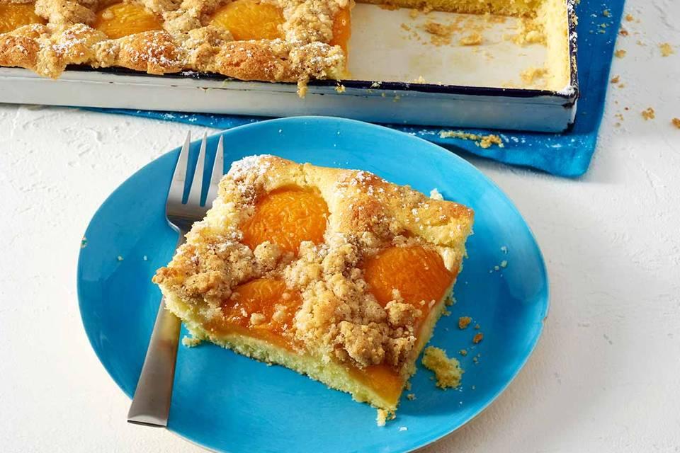 Aprikosen-Nuss-Streuselkuchen Rezept