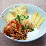 Dinkel-Bowl mit Sauerkraut