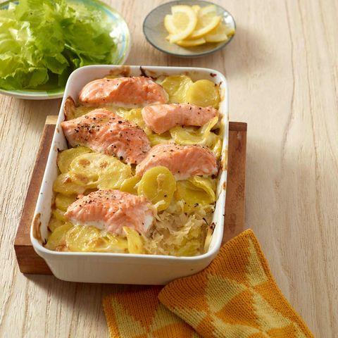 Kartoffel-Sauerkraut-Auflauf mit Lachs