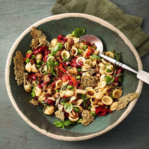 Orecchiette-Salat mit Pfifferlingen
