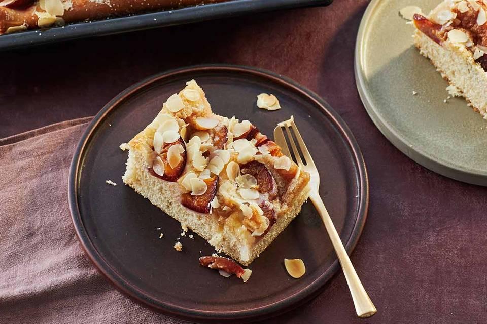 Zwetschgen-Marzipan-Butterkuchen Rezept