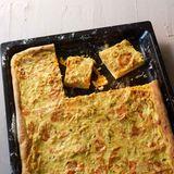 Kürbis-Zwiebel-Kuchen mit Ziegenfrischkäse