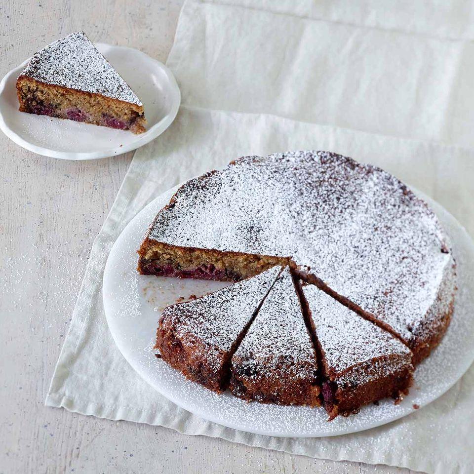 Kirsch-Nuss-Kuchen