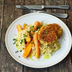 Linsen-Frikadellen mit Sauerkraut