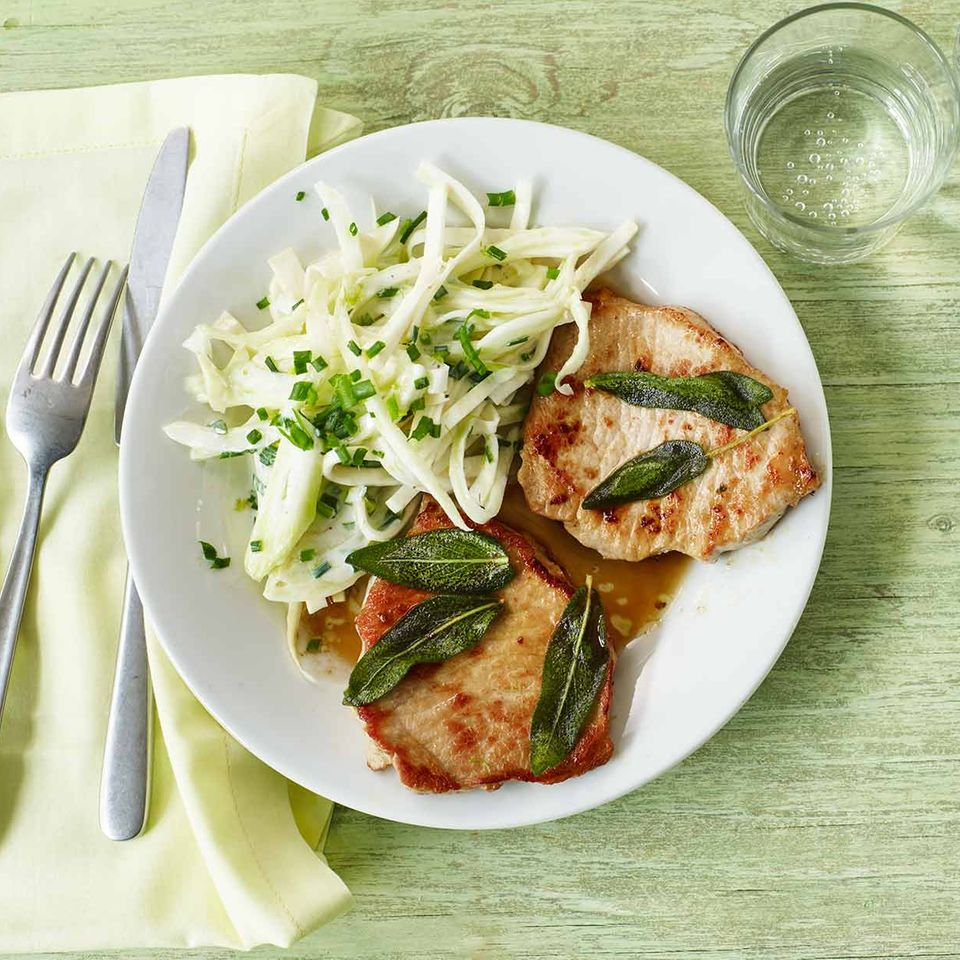 Sellerie-Fenchel-Salat mit Steak