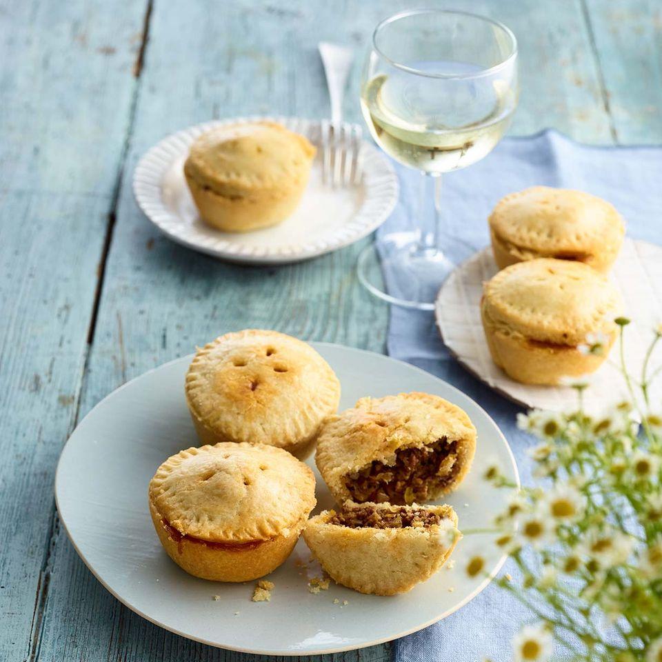 Mini-Pies mit Curryhack