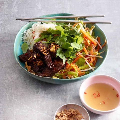 Fleisch-Nudel-Bowl (Bun Cha)