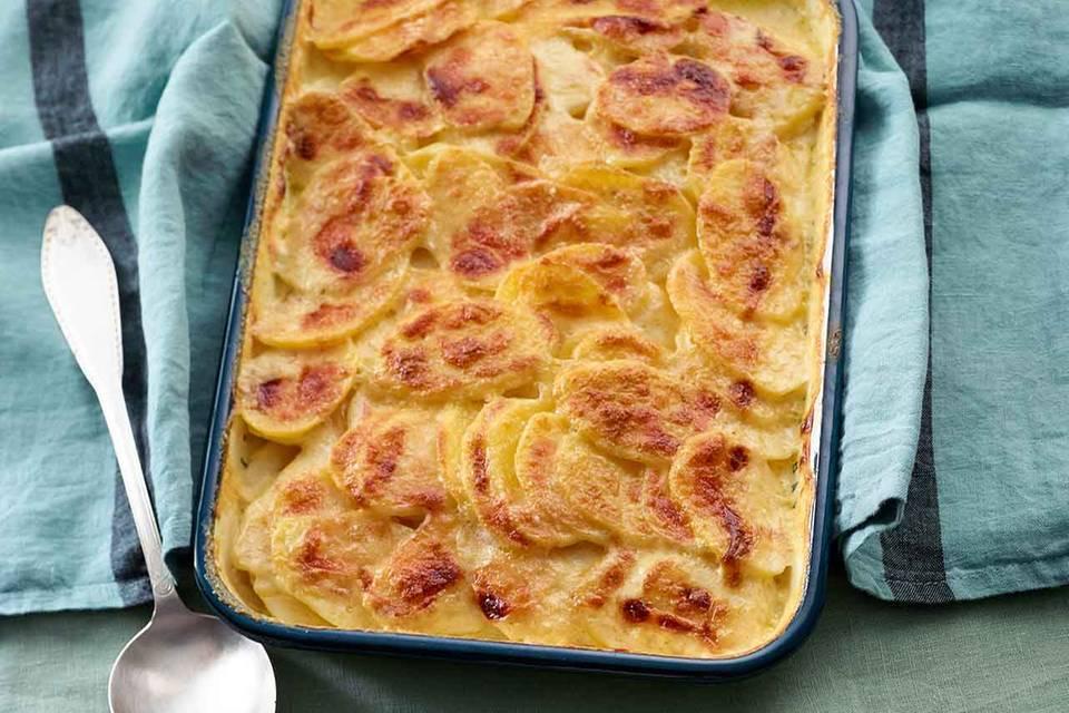 Kartoffel-Gratin mit Parmesankruste Rezept