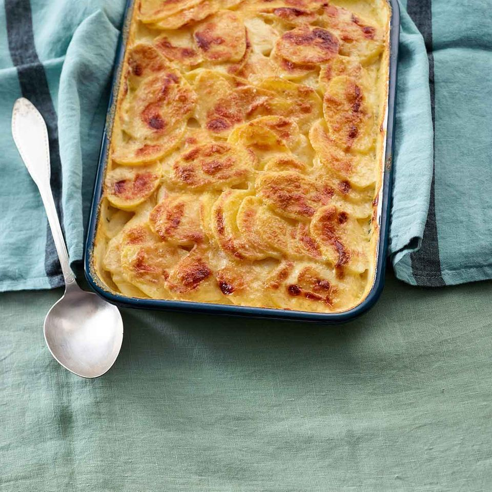 Kartoffel-Gratin mit Parmesankruste
