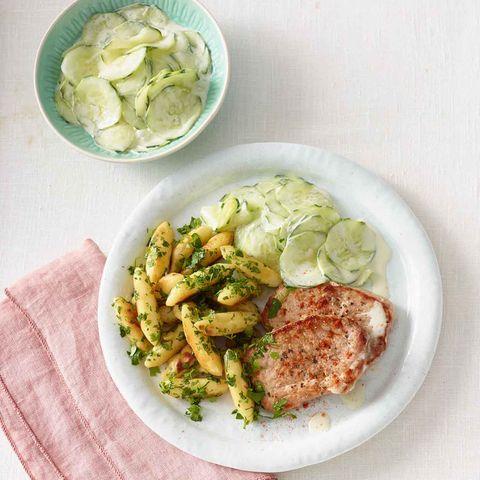 Kräuter-Schupfnudeln mit Schnitzel