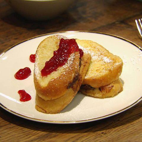 Schoko-Ritter mit Preiselbeerkompott: Rezept aus der Kochshow essen & trinken Für jeden Tag