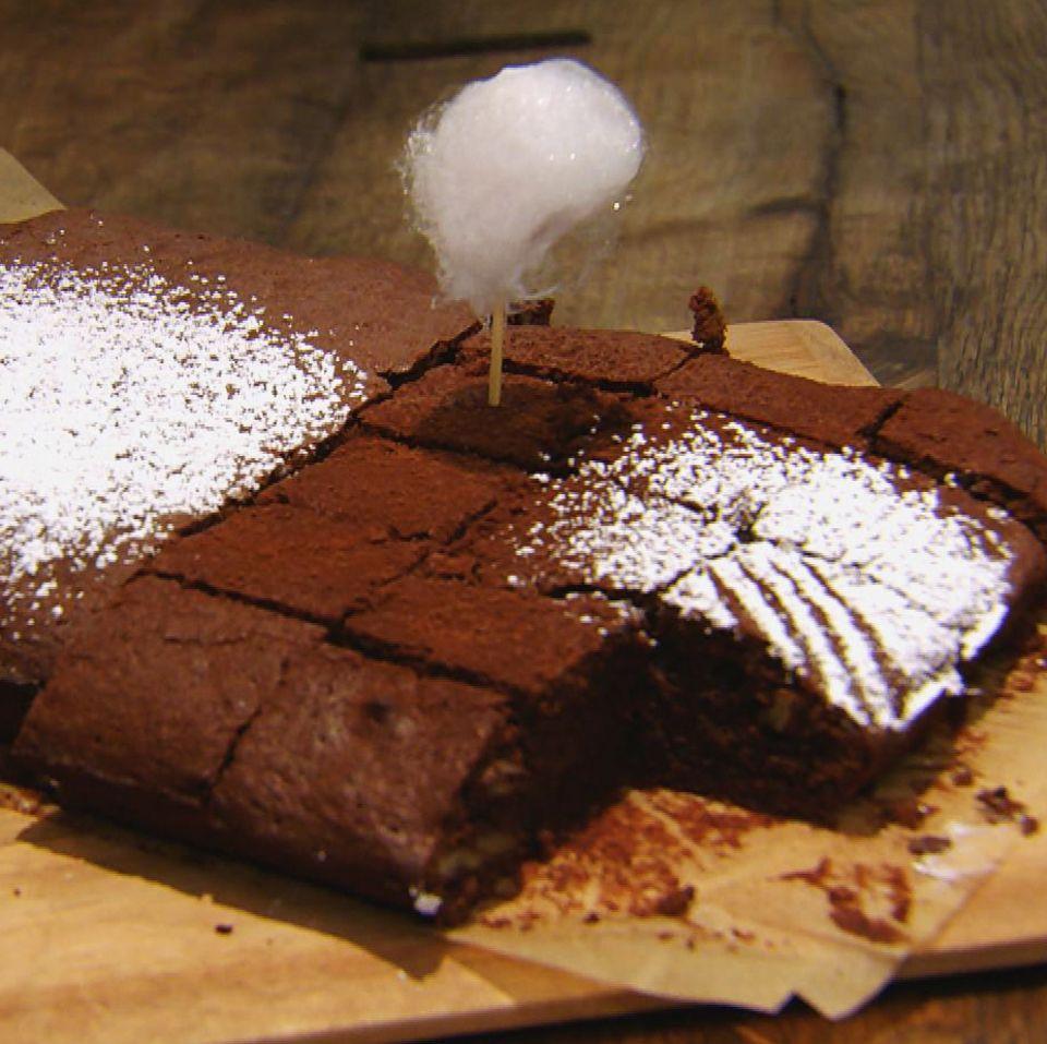 Schoko-Orangen-Brownies mit Nüssen: Rezept aus der Kochshow essen & trinken Für jeden Tag