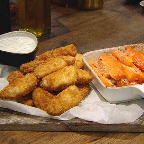 Fisch-Nuggets mit Sesammöhren und Dip