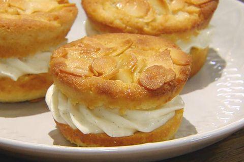 Gefüllte Bienenstichmuffins: Rezept aus der Kochshow essen & trinken Für jeden Tag
