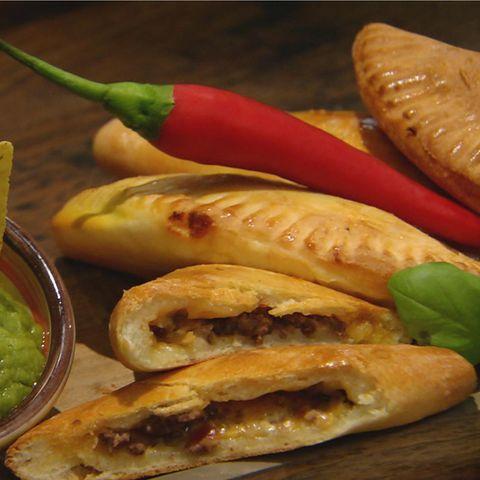 Empanadas mit Hackfleischfüllung: Rezept aus der Kochshow essen & trinken Für jeden Tag