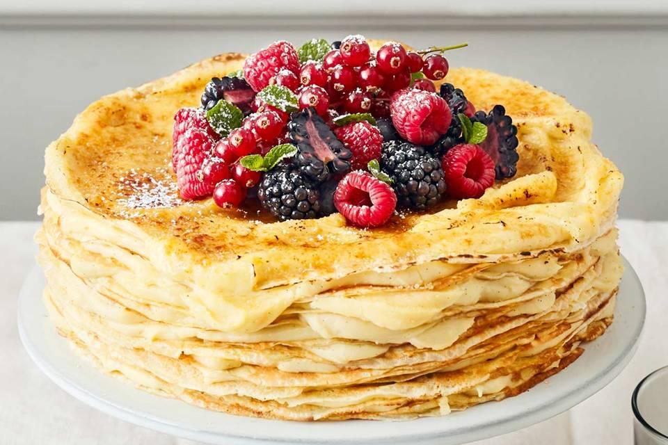 Crêpes-Torte mit Eierlikörcreme Rezept