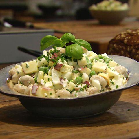 Eiersalat mit Champignons: Rezept aus der Kochshow essen & trinken Für jeden Tag