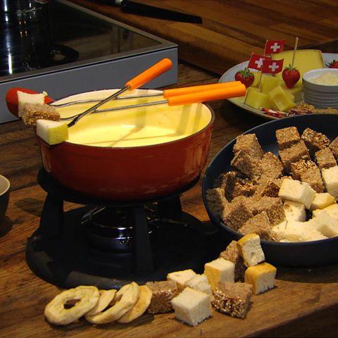 Fondue à la Meta: Rezept aus der Kochshow essen & trinken Für jeden Tag