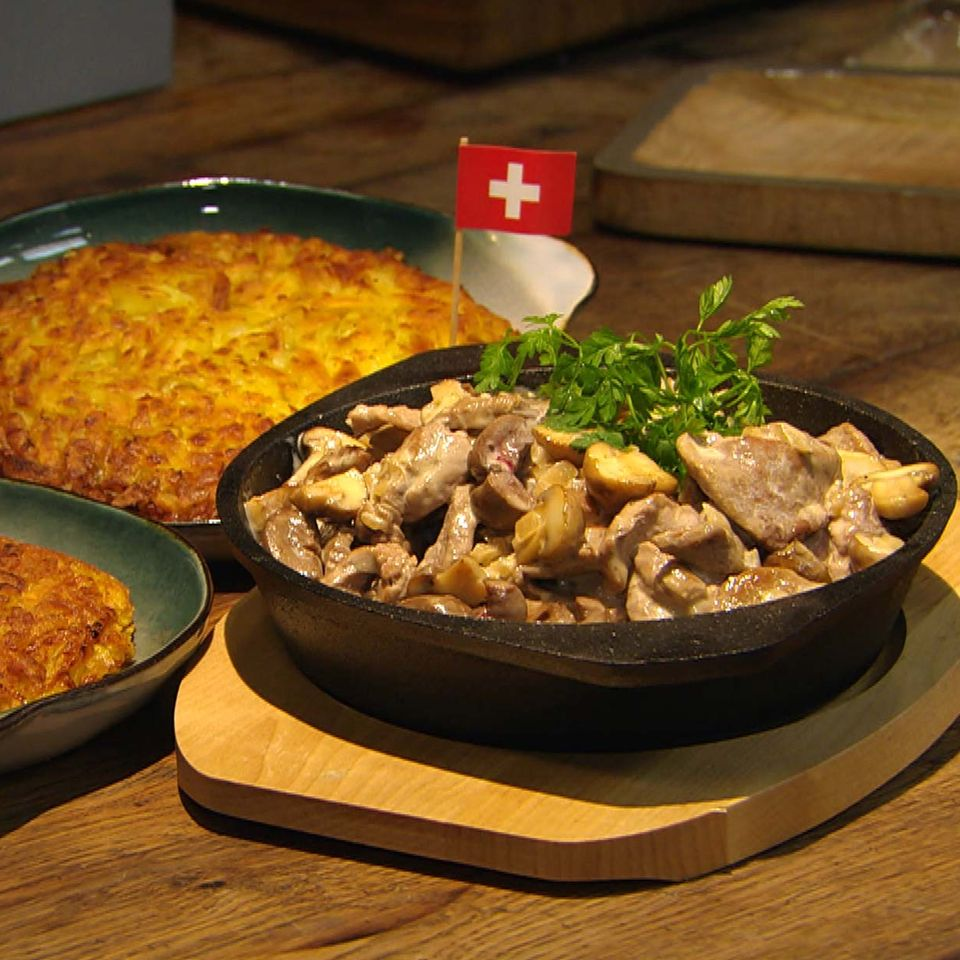 Rösti mit Züri' Geschnetzeltem: Rezept aus der Kochshow essen & trinken Für jeden Tag