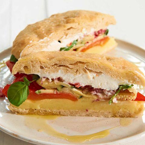 Gefülltes Focaccia-Sandwich