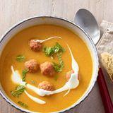 Möhren-Linsen-Suppe mit Mettbällchen