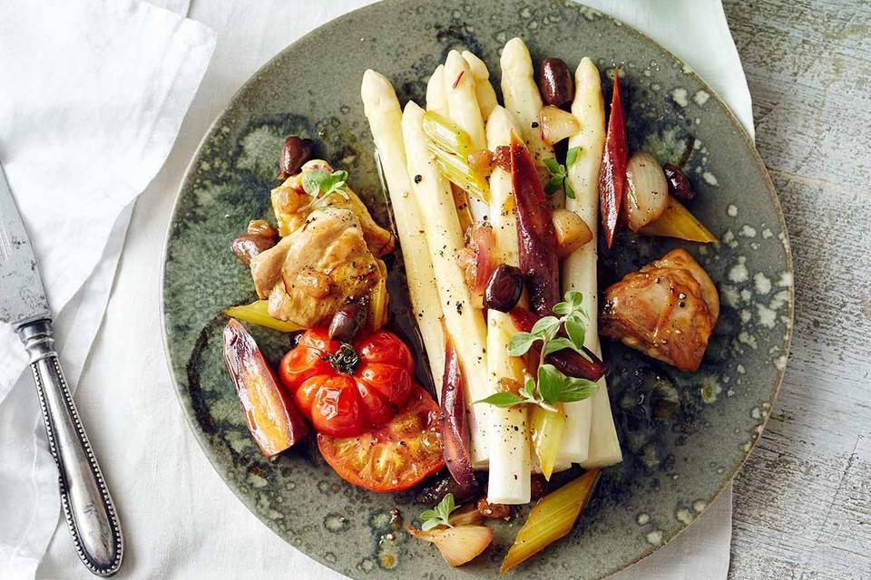 Spargel mit Kaninchen-Gemüse-Ragout Rezept