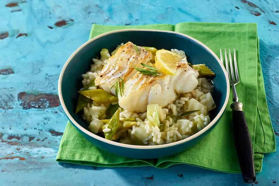 Bohnen-Kohlrabi-Risotto mit Fisch