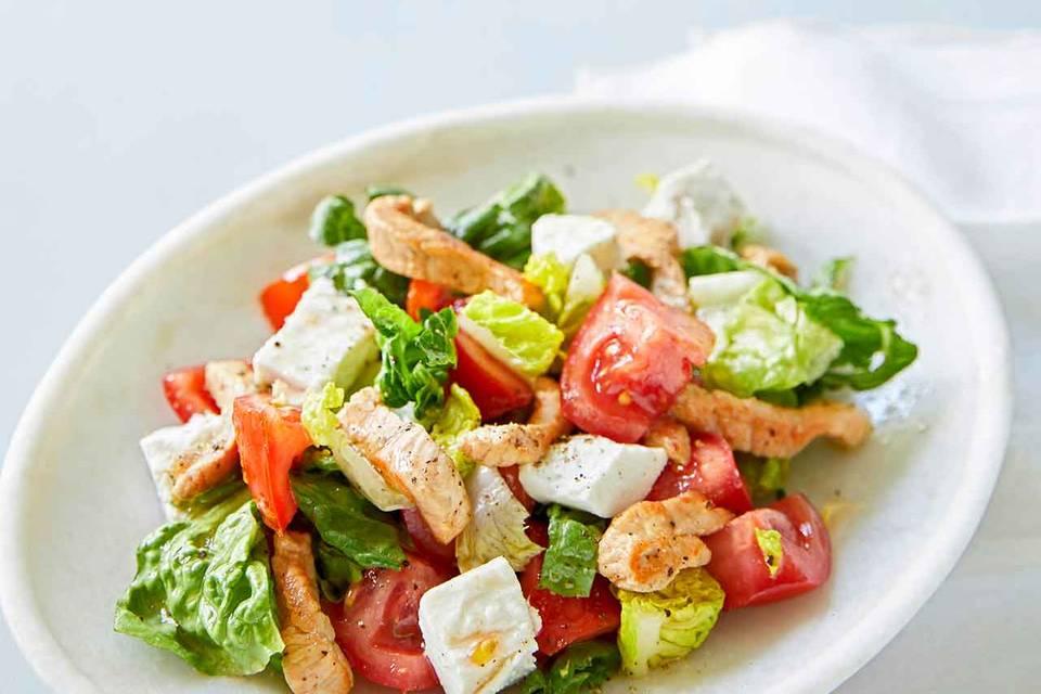 Salat mit Schnitzel Rezept