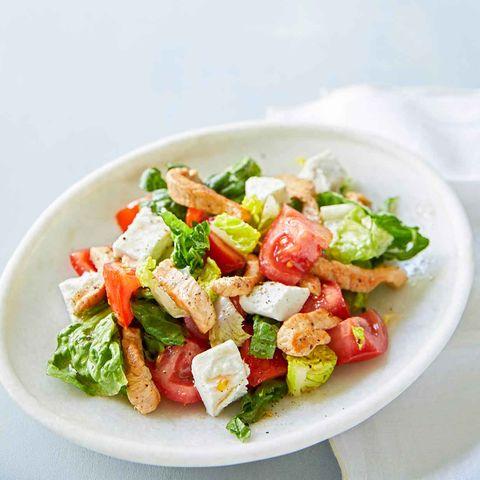 Salat mit Schnitzel