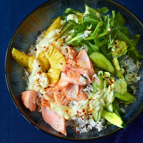 Reis-Bowl mit Lachs