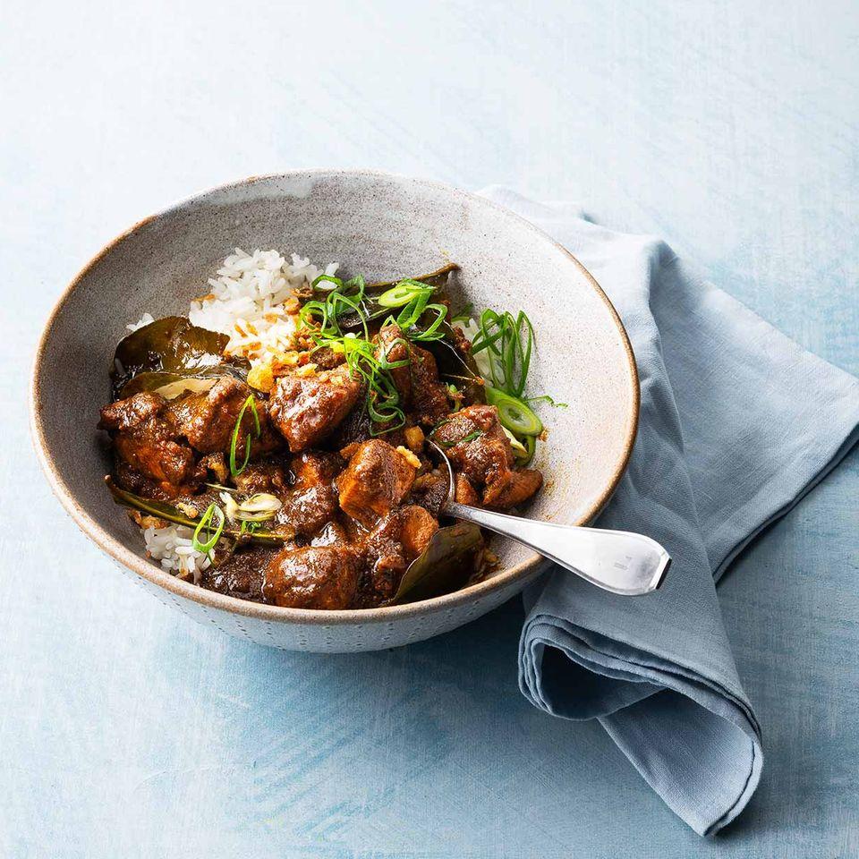 Hähnchen-Curry mit süßer Sojasauce