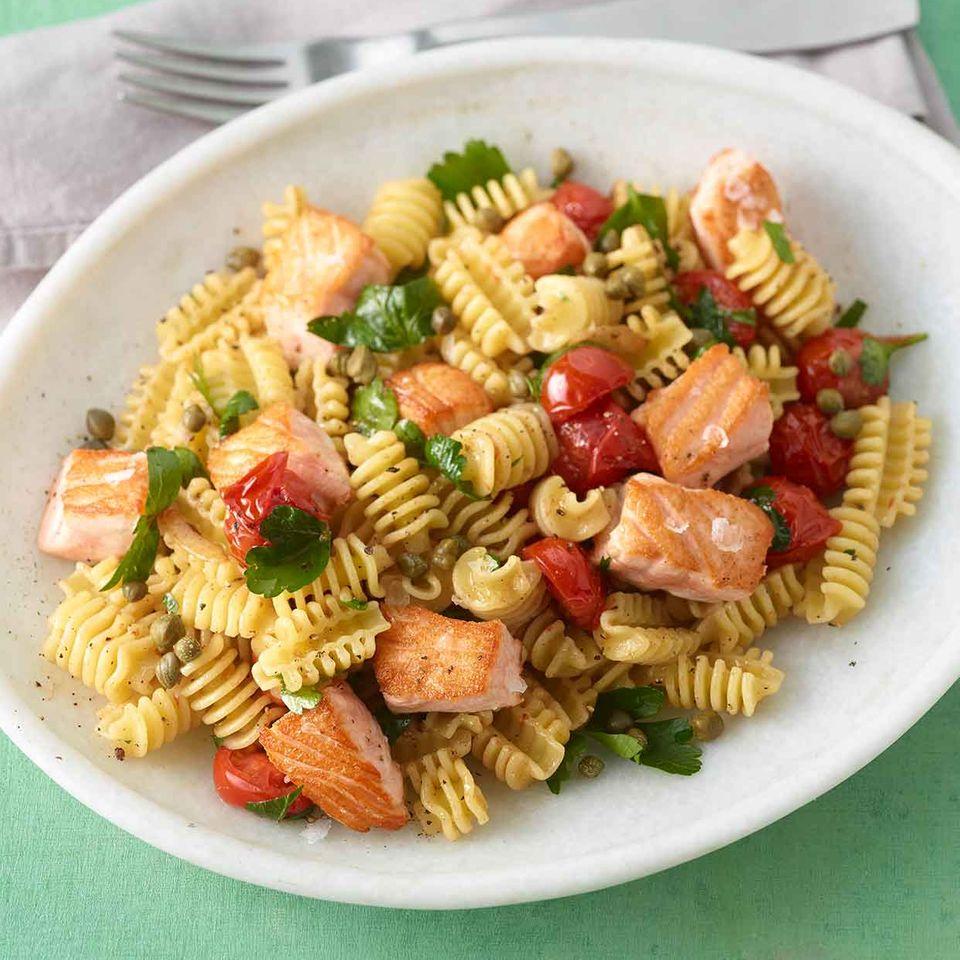 Lachs-Tomaten-Pasta