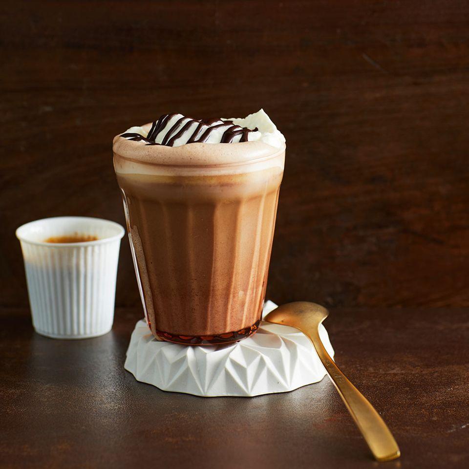 Karamell-Nougat-Kaffee
