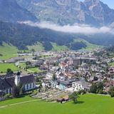 Blick auf Engelberg und auf das Kloster Engelberg