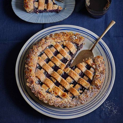 Blaubeer-Linzer-Torte