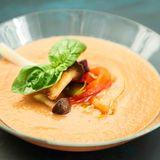 Gazpacho mit Gemüseeinlage
