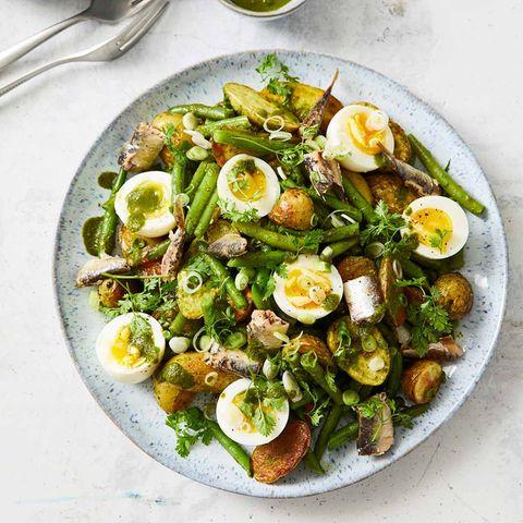 Kartoffelsalat mit Sauerampferdressing
