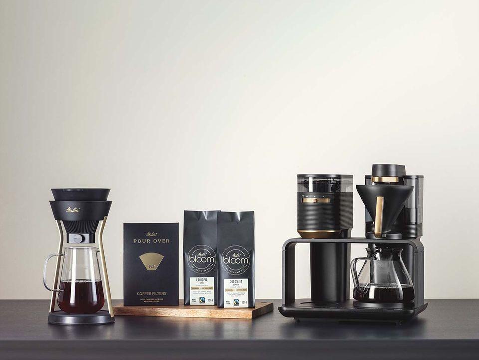 """""""pour over""""-Kaffee vom Feinsten mit der Melitta EPOS (rechts) und AMANO (links)"""