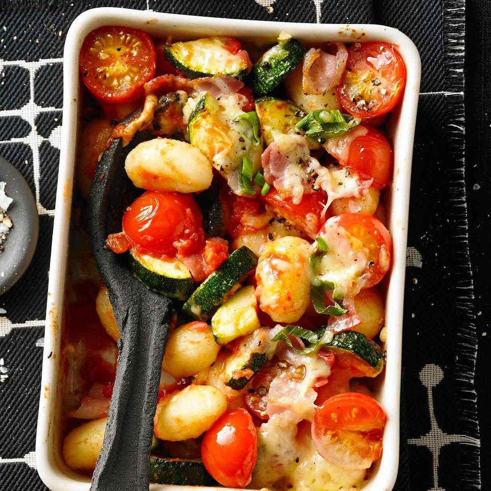 Gnocchi-Auflauf mit Gemüse und Bacon