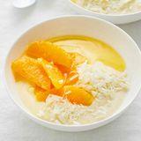 Weißer Schoko-Pudding mit Orangenkompott